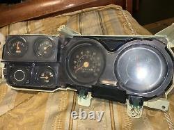 1973-1980 Carré De Jauge De Corps Cluster De Ramassage De Camion Instrument Dash Panel Volts Oil
